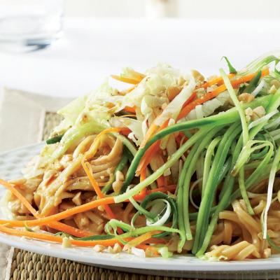 Peanut chicken and noodle salad