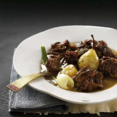 Oxtail with pears and fennel