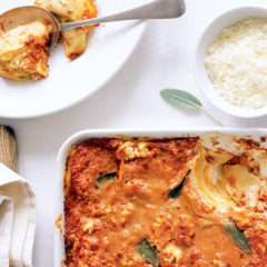 Baked pasta pockets with tomato, cream and sage