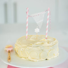 Hot milk sponge cake with vanilla buttercream