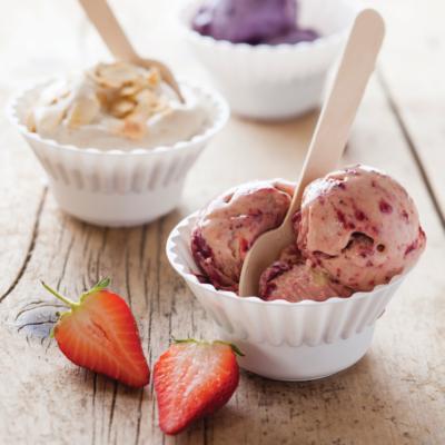 Roast strawberry coconut ice cream