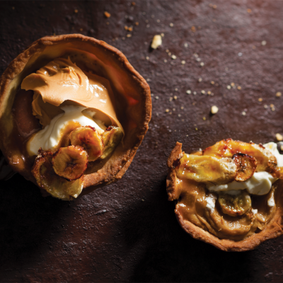Peanut butter-butterscotch and caramelised banana tarts