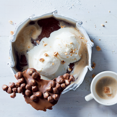 Affogato with hazelnuts set in chocolate