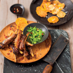 Asian-style pork ribs with butternut crisps