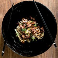 Asian-style udon primavera