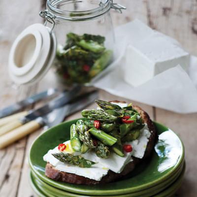 Asparagus, feta and chilli bruschetta