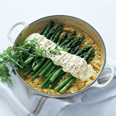 Asparagus risotto with crescenza cheese