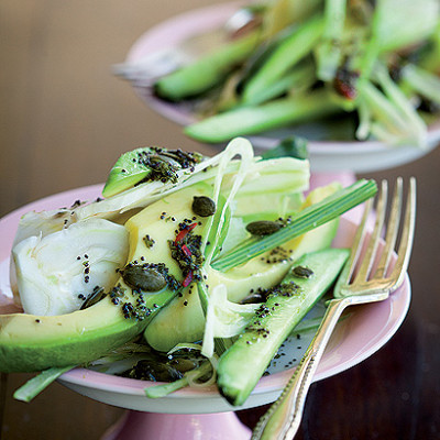 Avocado, cucumber and fennel bulb salad with poppy-seed dressing