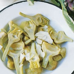 Baby artichokes with olive oil and Parmesan shavings