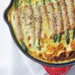 Baked asparagus and ham frittata