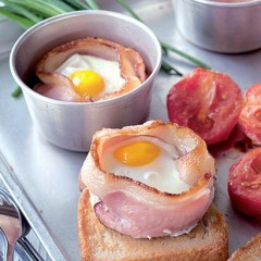 Baked bacon and egg breakfast