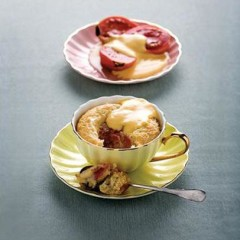 Baked guava and coconut pudding
