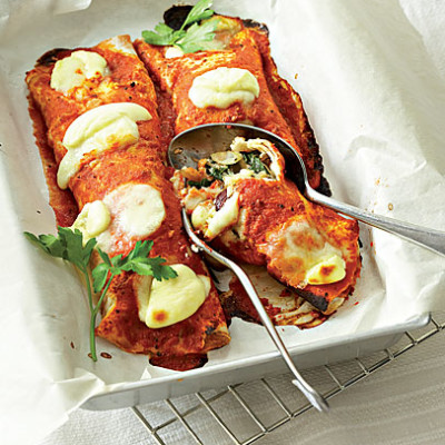 Baked vegetable and cheese tortilla wraps