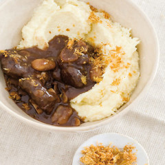 Beef knuckle stew on creamed parsnip, sprinkled with crisp horseradish