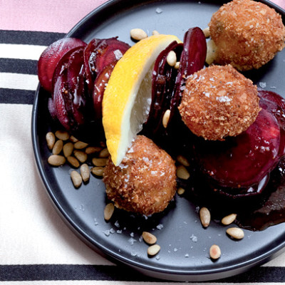 Beetroot carpaccio with Brie fritters