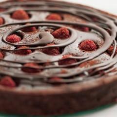 Bitter chocolate and raspberry tart