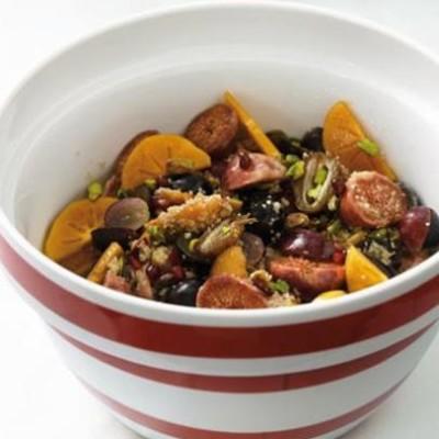 Breakfast fruit tabbouleh