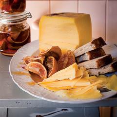 Crustless cardamom and naartjie zest milk tart ...