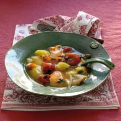 Caramelised shallots in pink tomato, haddock and saffron broth