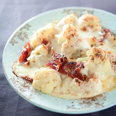 Cauliflower cheese with crispy Parma ham