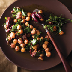 Chickpea and olive salad
