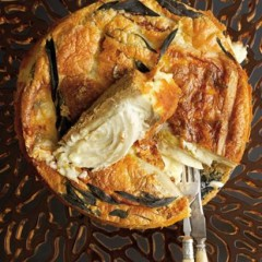 Chicory and gorgonzola cake