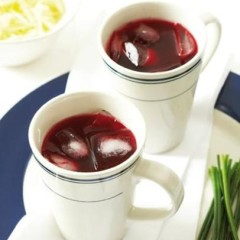 Chilled beetroot-and-apple soup