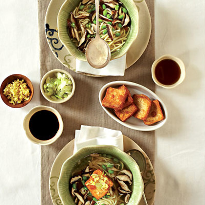 Chinese noodles in vegetable broth with crispy tofu