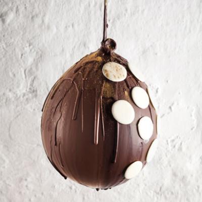 Chocolate polka-dot balloon with gold dust
