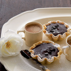 Coffee and chocolate tarts