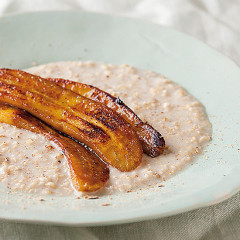 Creamy oats with caramelised banana