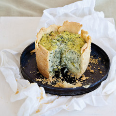 Creamy spinach cheesecake