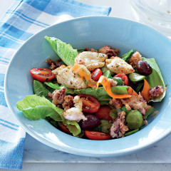 Crusty calamari salad