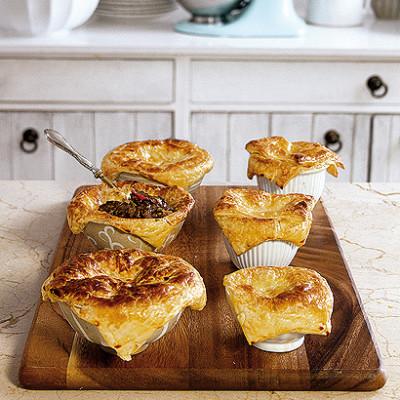 Deep-dish Trinchado Pies