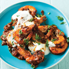Fiery paprika and garlic quick-fried prawns
