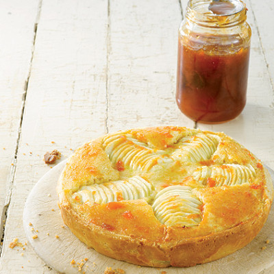 Frangipane apple tart with apricot glaze