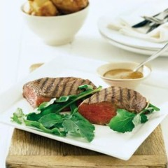 Freerange steak with mustard sauce and fast-baked potatoes