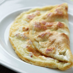 French folded omelette