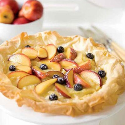 Fresh fruit tart with frangipane