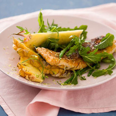 Fresh hake fillets with pineapple wedges