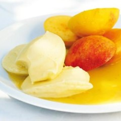 Fresh peaches with mango sorbet and gooseberry dressing