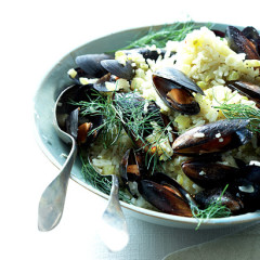 Garlic, mussel and fennel rice