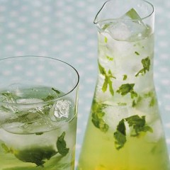 Ginger and mint sparkling mules