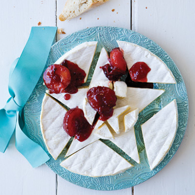 Grande Brie cheese with plum-and-pink peppercorn compote