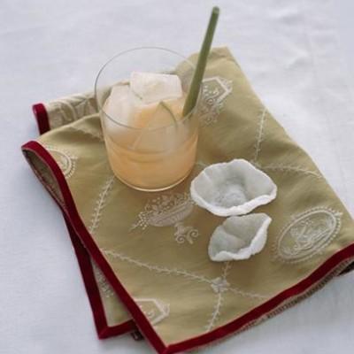 Green tea and sake cocktails