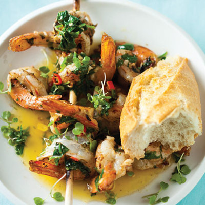 Grilled prawns with chillies and coriander