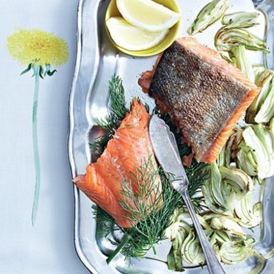Grilled salmon and fennel