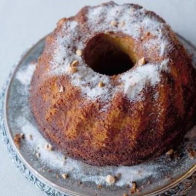 Hazelnut, cinnamon and coconut cake