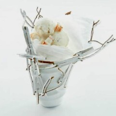 Horseradish icecream with steamed lobster
