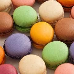 Italian macaroons (macarons)